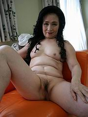 Asian mature sex photo